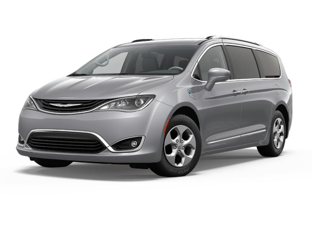 2018 Chrysler Pacifica Hybrid Van